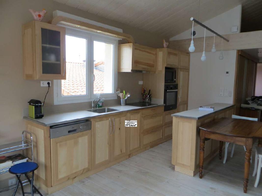 Cosson meubles fabrication de meubles meublant cournon d 39 auvergne e pro - Cuisine en bois brut ...